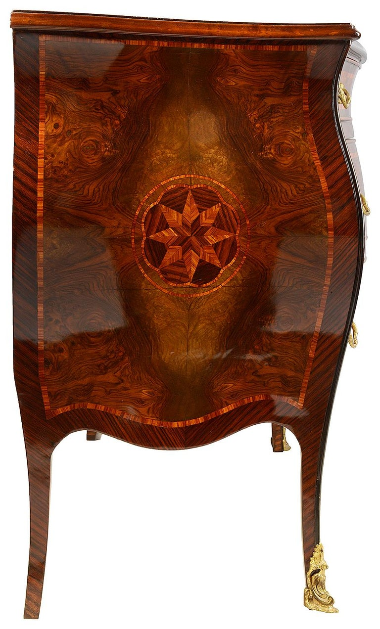 Pair of Italian 18th Century Style Inlaid Commodes, circa 1920 In Good Condition For Sale In Brighton, Sussex
