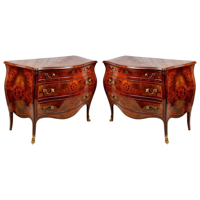 Pair of Italian 18th Century Style Inlaid Commodes, circa 1920 For Sale