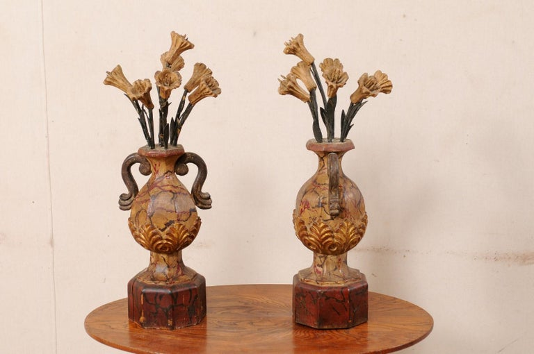 Pair of Italian Antique Carved-Wood Bouquet Urns with Polychrome Finish For Sale 3