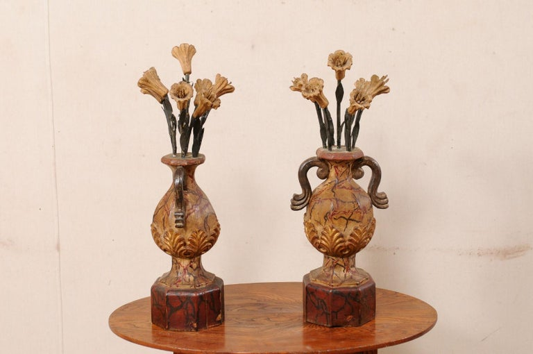 Pair of Italian Antique Carved-Wood Bouquet Urns with Polychrome Finish For Sale 4