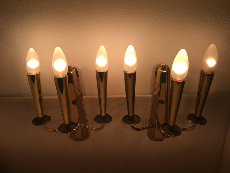 Pair of Italian Brass Sconces Attributed to Stilnovo In Fair Condition For Sale In Dallas, TX