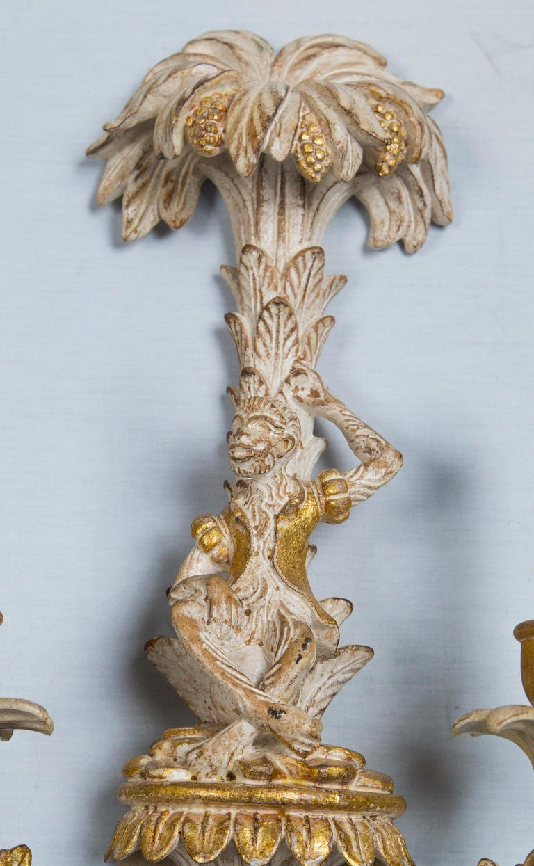 Pair of Italian Carved Wood Chinoiserie Sconces with Monkeys and Palms For Sale 3