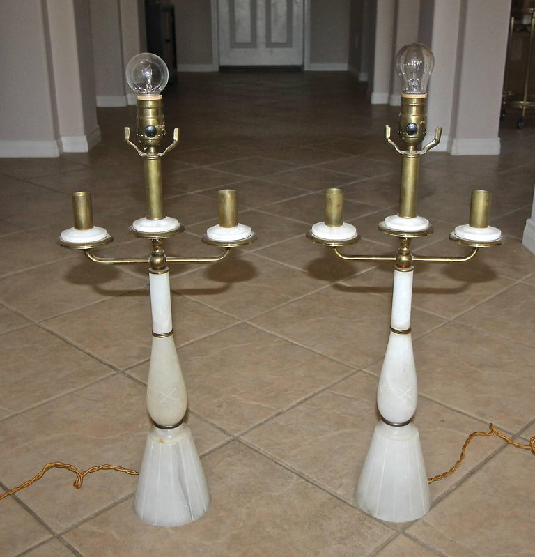 Pair of Italian Gio Ponti Style Alabaster Brass Lamps For Sale 11