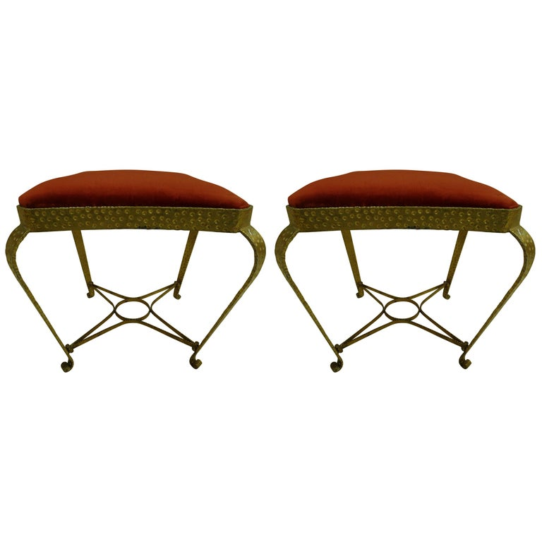 Pair of Italian Midcentury Hand-Hammered & Gilt Iron Benches by Pier Luigi Colli For Sale
