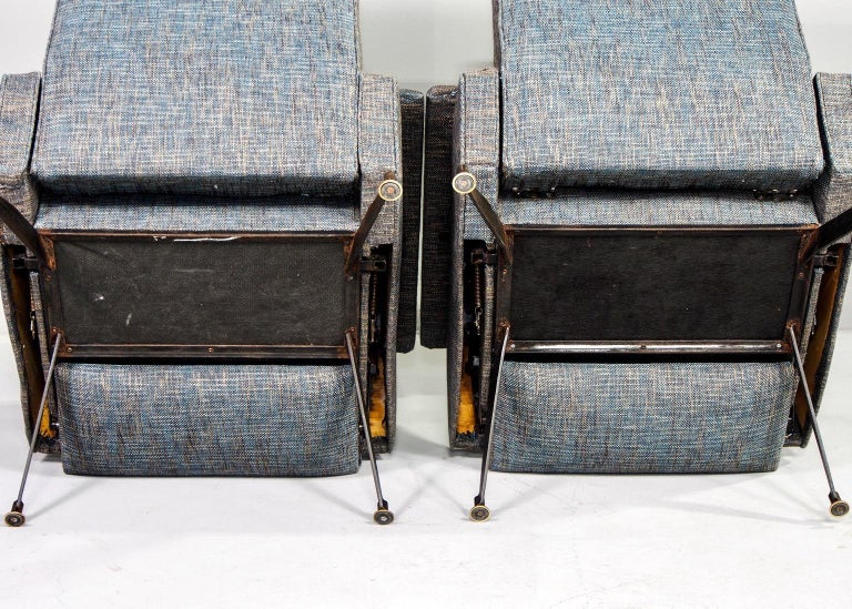 Pair of Italian Midcentury Lounge Chairs with New Tweed Upholstery For Sale 5