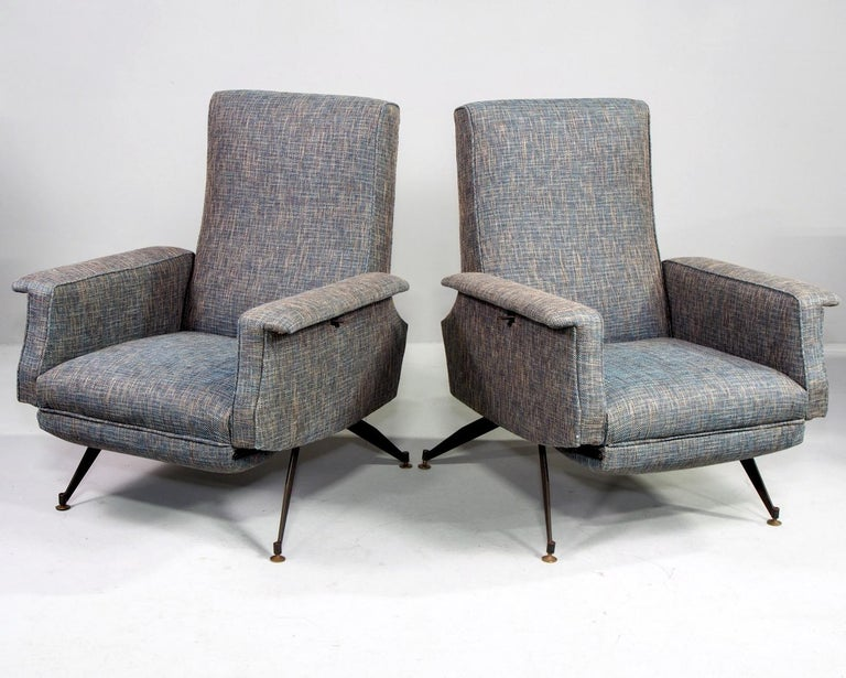 Pair of Italian Midcentury Lounge Chairs with New Tweed Upholstery In Good Condition For Sale In Troy, MI