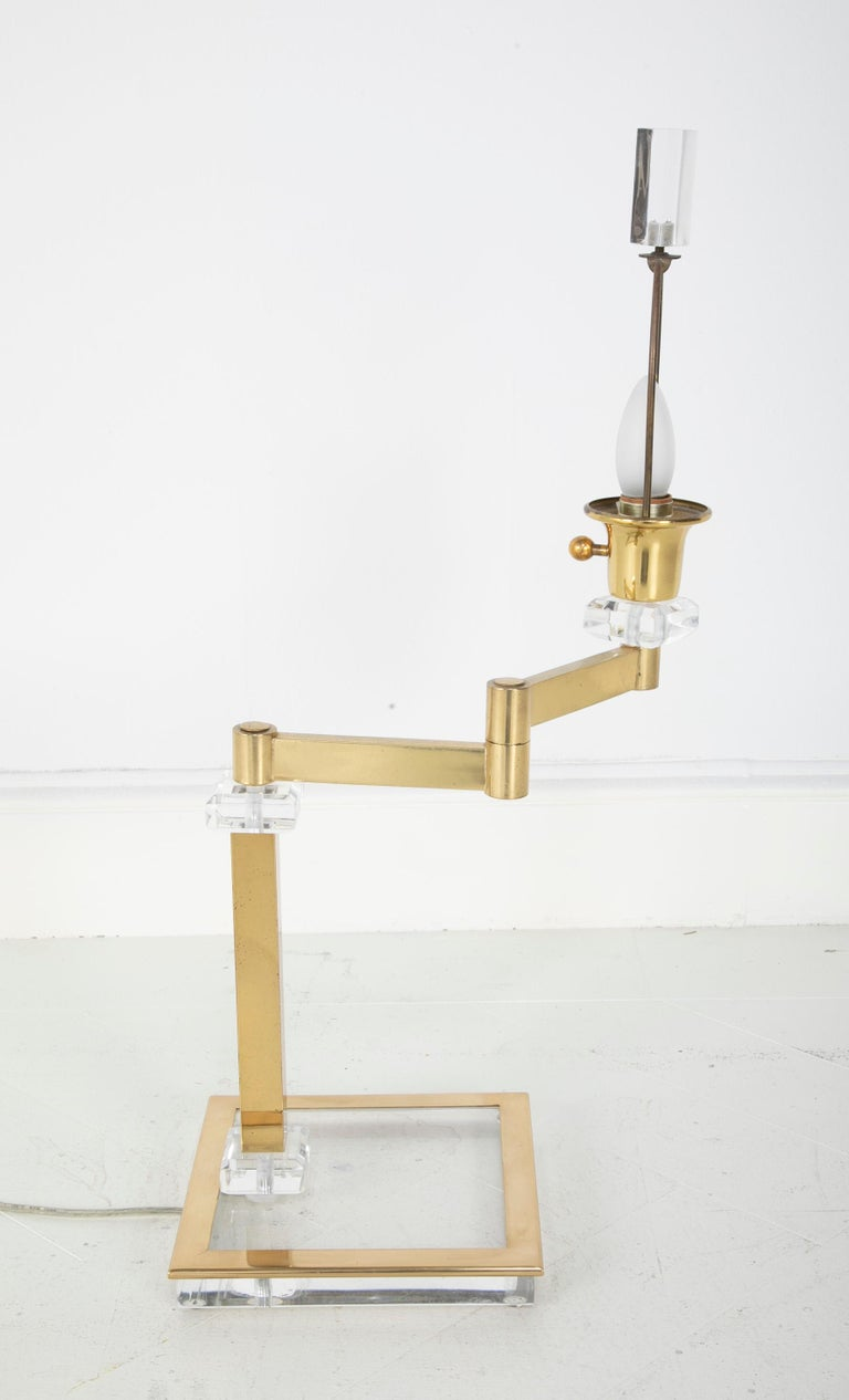 Pair of Italian Midcentury Lucite and Brass Adjustable Swing Lamps For Sale 9