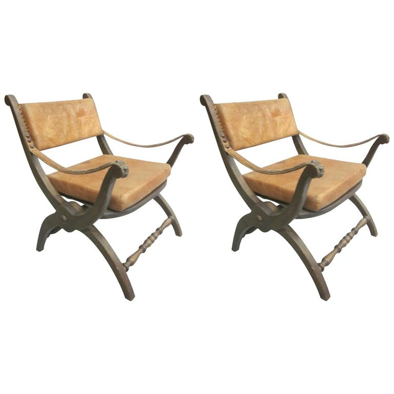 Pair of Italian Mid-Century Modern Neoclassical Leather Armchairs/ Lounge Chairs For Sale