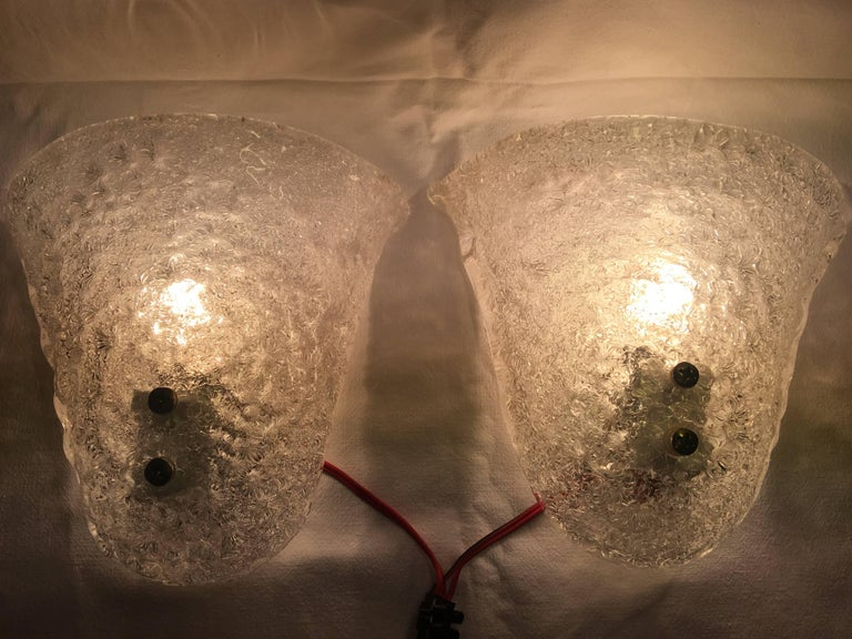 Mid-Century Modern Pair of Italian Murano Glass Sconces For Sale