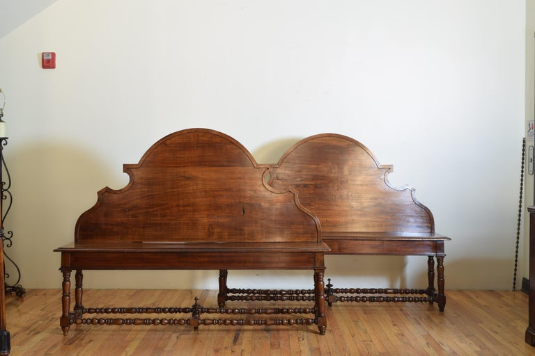 Pair of Italian Walnut Louis XIII Style Hall Benches, 19th Century In Good Condition For Sale In Atlanta, GA
