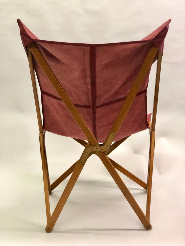 Pair of Italian Wood and Leather Folding 'Tripolina' Lounge Chairs, Joseph Fendy In Good Condition For Sale In New York, NY