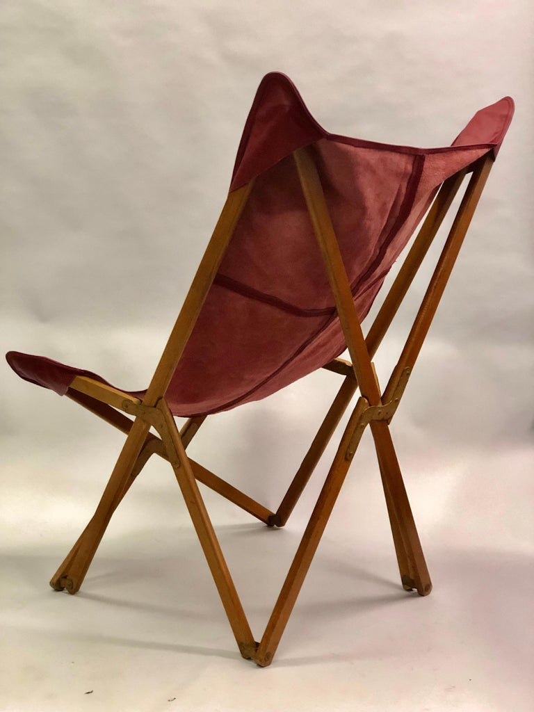 20th Century Pair of Italian Wood and Leather Folding 'Tripolina' Lounge Chairs, Joseph Fendy For Sale