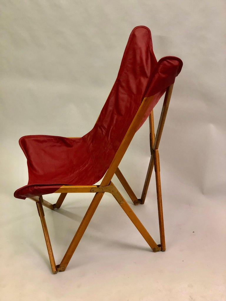 Pair of Italian Wood and Leather Folding 'Tripolina' Lounge Chairs, Joseph Fendy For Sale 1