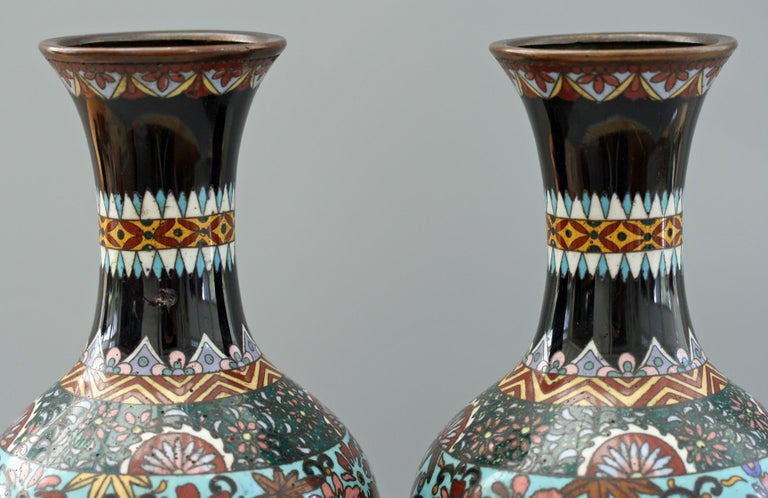 Pair of Japanese Meiji Rooster and Dragon Panel Cloisonné Vases For Sale 9