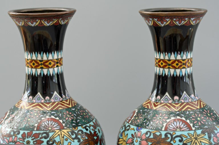 Pair of Japanese Meiji Rooster and Dragon Panel Cloisonné Vases For Sale 13