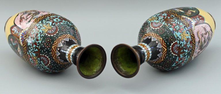 Pair of Japanese Meiji Rooster and Dragon Panel Cloisonné Vases For Sale 1