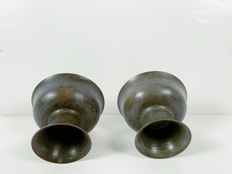 Pair of Korean Goryeo Dynasty Bronze Pedestal Bowls, 13th-15th Century, Korea For Sale 3