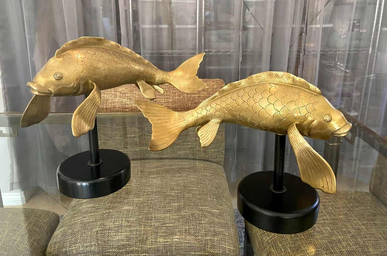 Pair of Large Brass Koi Fish Figural Sculptures In Good Condition For Sale In Palm Springs, CA