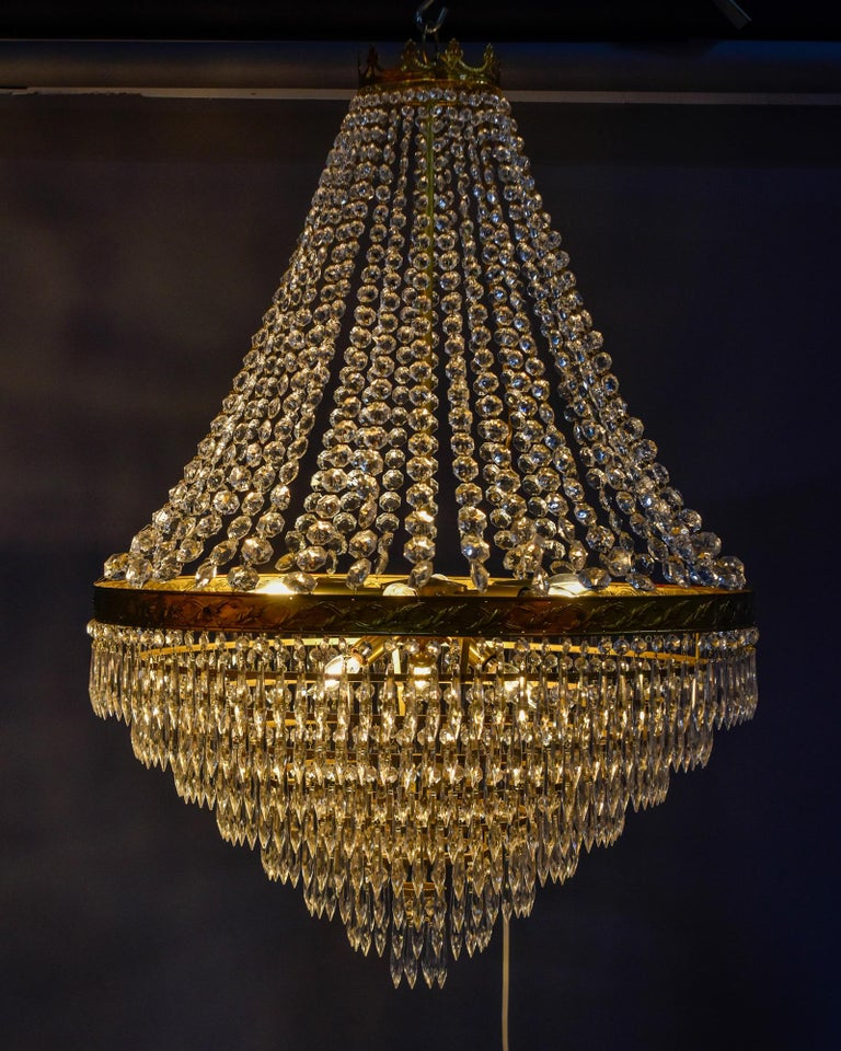 Large Midcentury Italian Wedding Cake Style Brass and Crystal Chandeliers, Pair For Sale 11