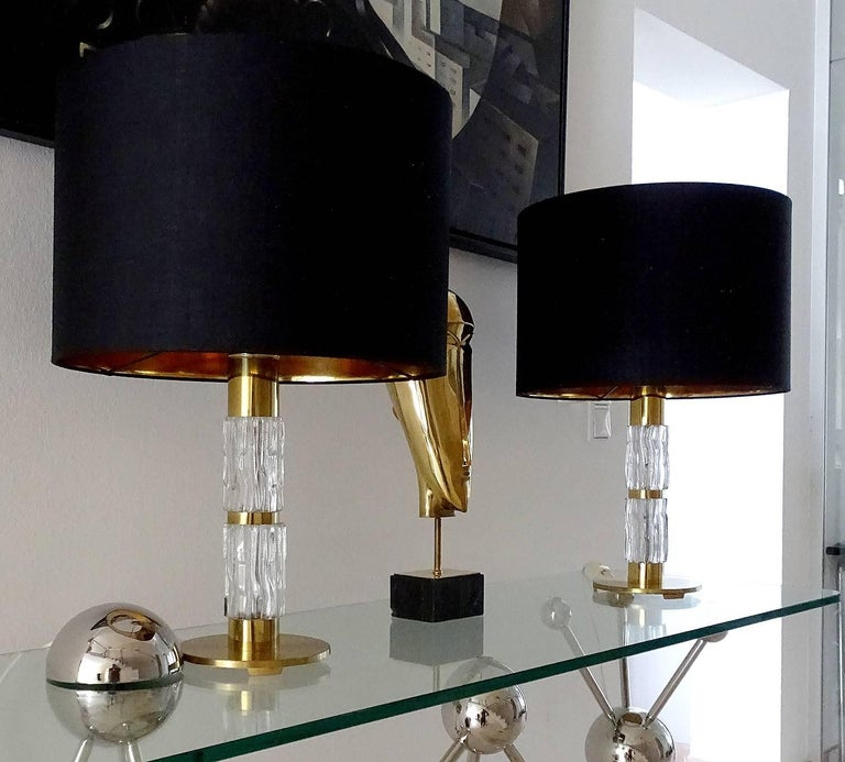 Pair of MidCentuy Modern Kalmar  Glass Table Lamps with Brass Fittings For Sale 2