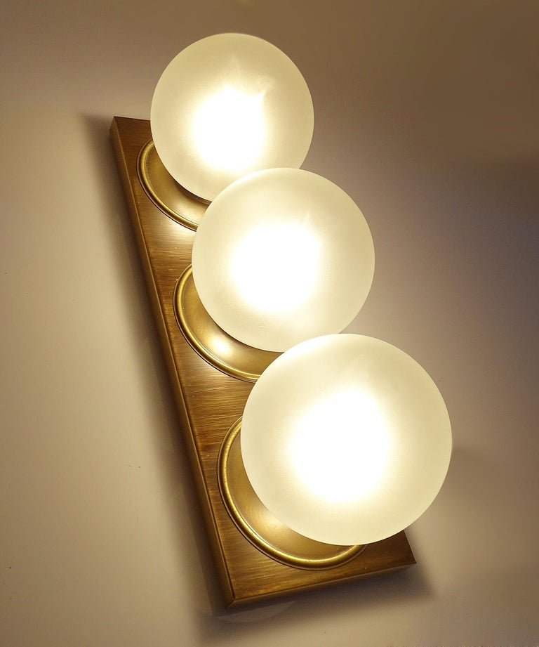 Pair Large MidCentury  Kaiser Glass Globe and Brass Sconces Wall Lights , 1960s For Sale 3