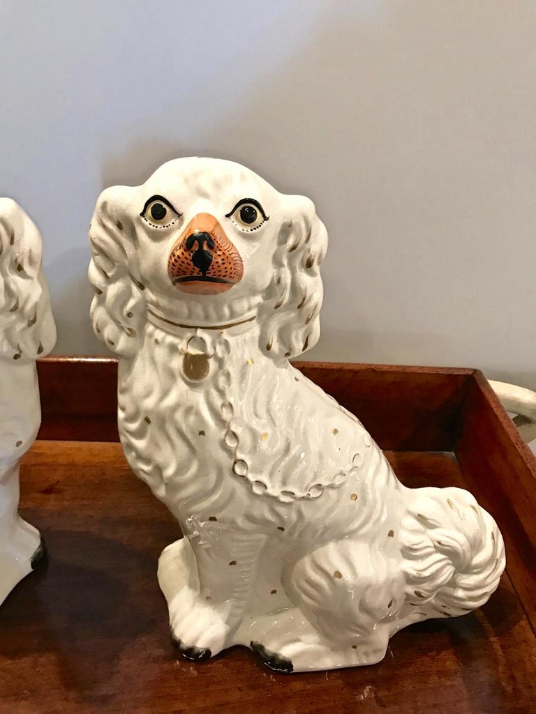 High Victorian Pair of Large Staffordshire Spaniels, circa 1870 For Sale