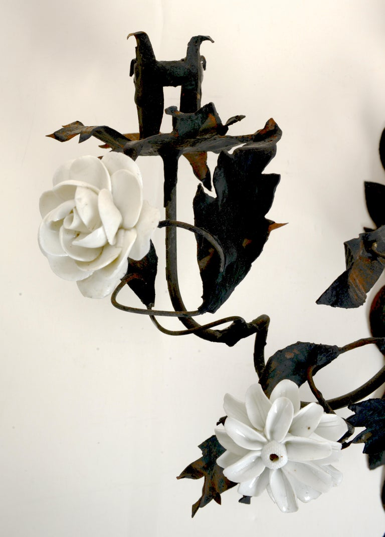 Late 18th Century French Tole Floral Sconces with White Porcelain Flowers, Pair In Good Condition For Sale In valatie, NY