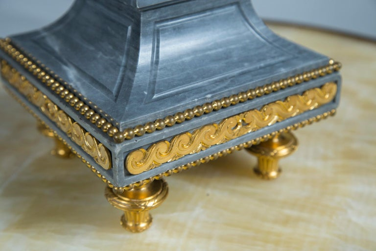 Pair of Late 18th Century Gilt Bronze, Patinated  Bronze and Marble Urns In Good Condition For Sale In Woodbury, CT