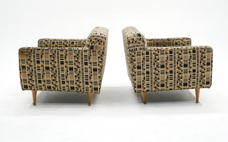 Mid-Century Modern Pair of Lounge Chairs by Edward Wormley for Dunbar, Priced for Reupholstery For Sale