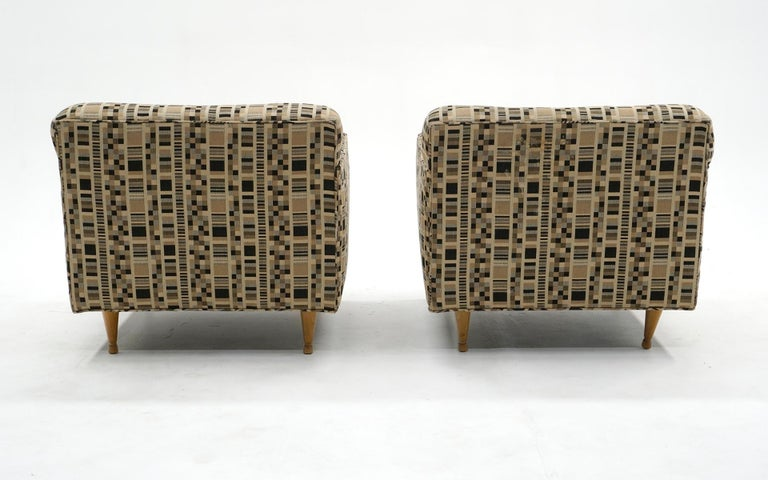 American Pair of Lounge Chairs by Edward Wormley for Dunbar, Priced for Reupholstery For Sale