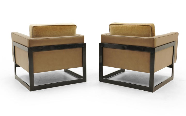 American Pair Lounge Chairs by Milo Baughman, Camel / Tan Mohair and Leather, Beautiful For Sale