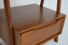 Pair of Mahogany Night Stands or End Table by Hickory Manufacturing