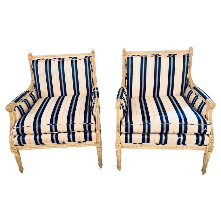 Pair of Maison Jansen Louis XVI Marquis in a Swedish/Hollywood Regency Look For Sale