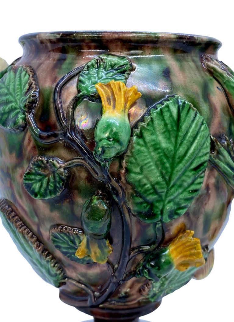 Pair of Majolica Palissy Ware Vases with Frogs, Thomas Sergent French circa 1885 For Sale 5