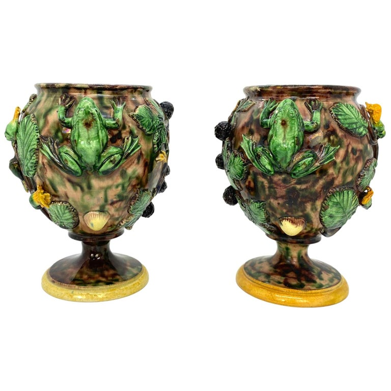 Pair of Majolica Palissy Ware Vases with Frogs, Thomas Sergent French circa 1885 For Sale