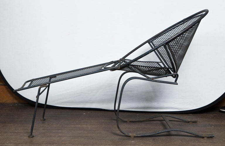A rare pair of Maurizio Tempestini for Salterini spring chaise lounges, wrought iron. Mid-Century Modern. Leg rest are detachable.