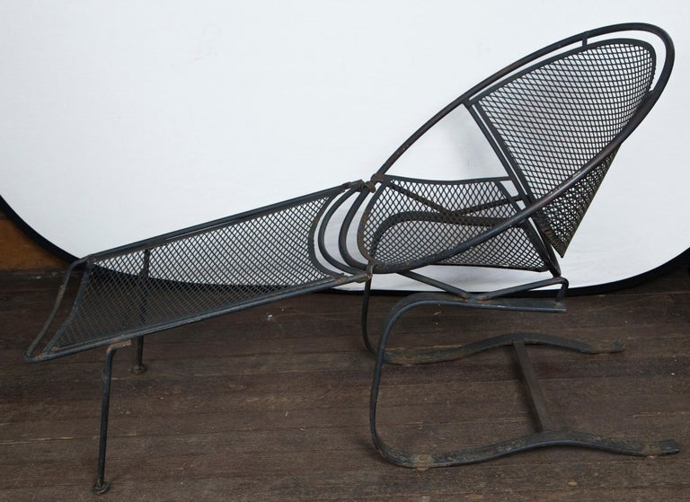 Mid-Century Modern Pair of Maurizio Tempestini for Salterini Chaise Lounges, Wrought Iron For Sale