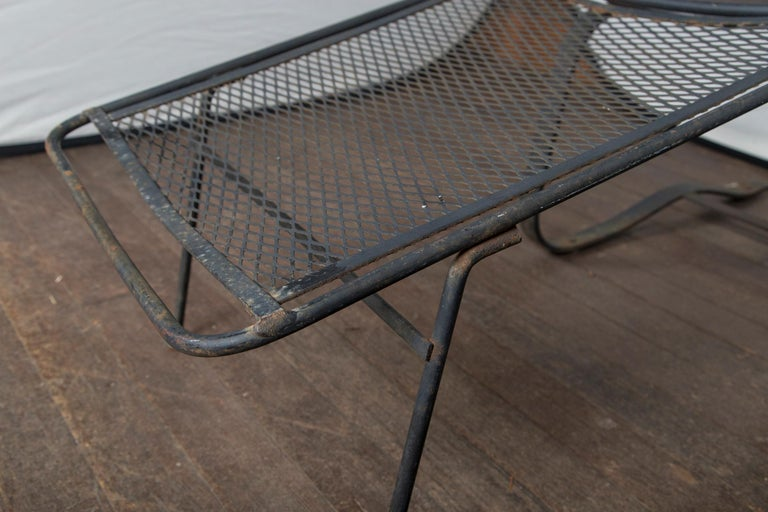 Pair of Maurizio Tempestini for Salterini Chaise Lounges, Wrought Iron In Good Condition For Sale In Stamford, CT