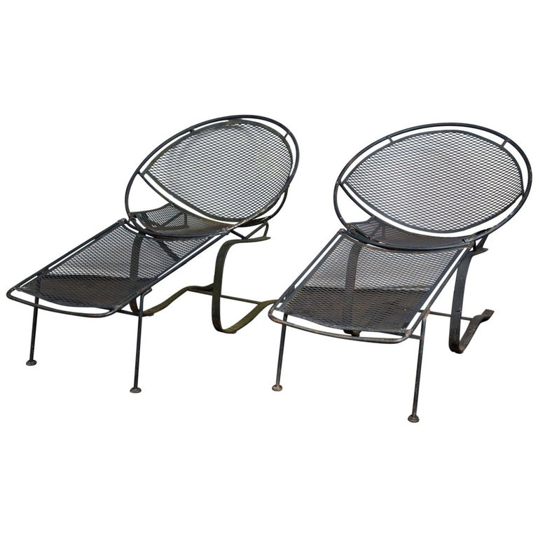 Pair of Maurizio Tempestini for Salterini Chaise Lounges, Wrought Iron For Sale