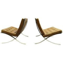 Pair of Meis Barcelona Chairs by Knoll