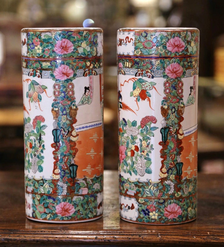 Pair Mid-20th Century Chinese Painted & Gilt Rose Medallion Porcelain Hat Stands In Excellent Condition For Sale In Dallas, TX