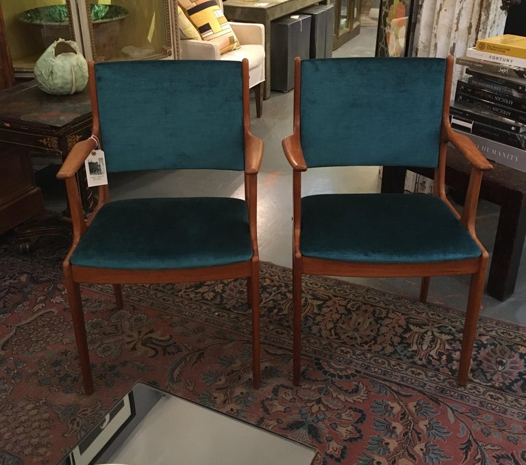 Pair of Midcentury Armchairs in Peacock Silk Velvet In Good Condition In Seattle, WA