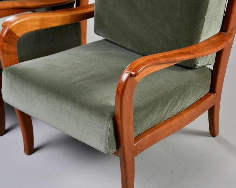 Pair of Midcentury Italian Cherrywood Chairs with Green Velvetc 5