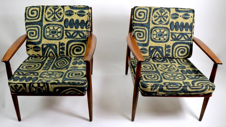 Mid-Century Modern Pair of Mid Century  Lounge Chairs by Baumritter For Sale