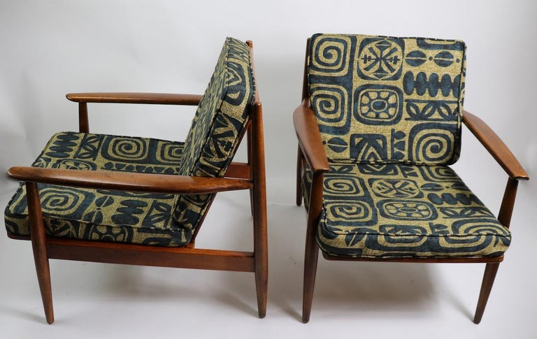 Upholstery Pair of Mid Century  Lounge Chairs by Baumritter For Sale