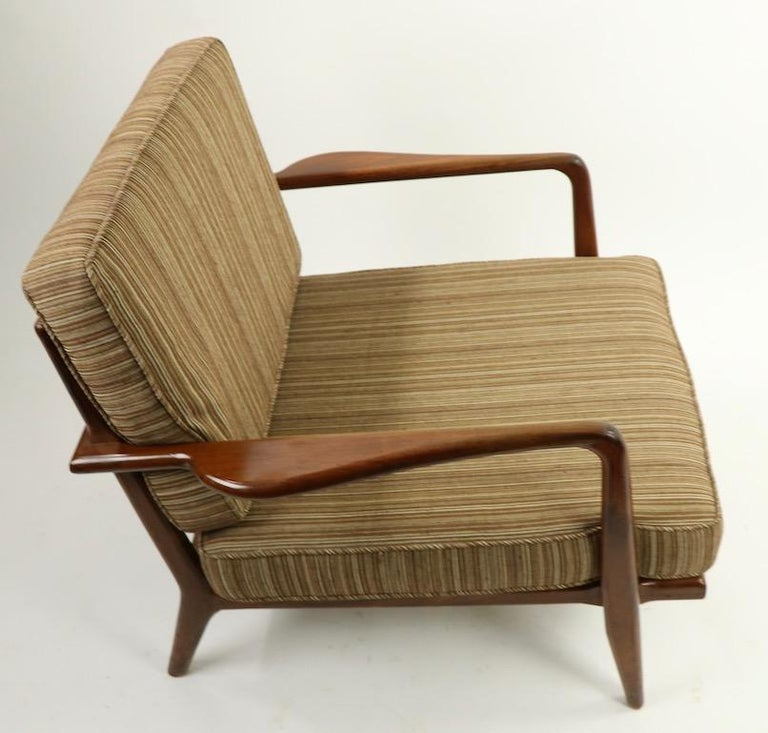 Pair of Mid Century Lounge Chairs by Mel Simlow For Sale 4