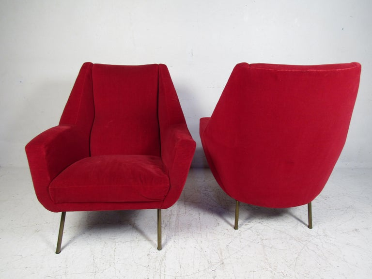 Pair of Midcentury Lounge Chairs In Fair Condition For Sale In Brooklyn, NY