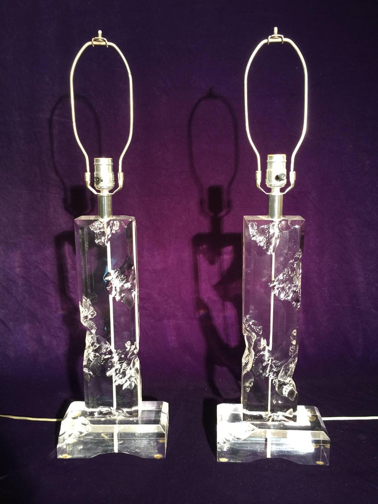 American Pair of Midcentury Lucite Table Lamps For Sale