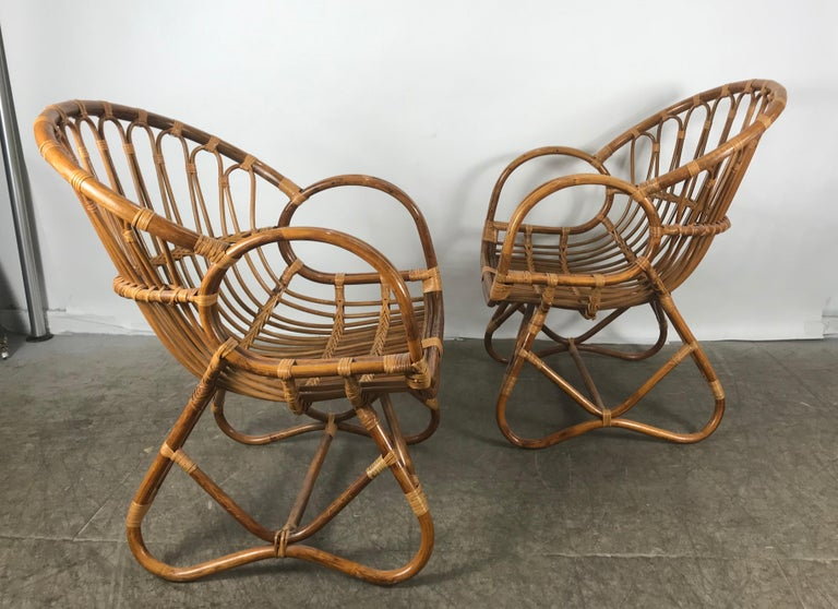 American Pair of Mid-Century Modern after Franco Albini Bamboo or Rattan Lounge Chairs For Sale