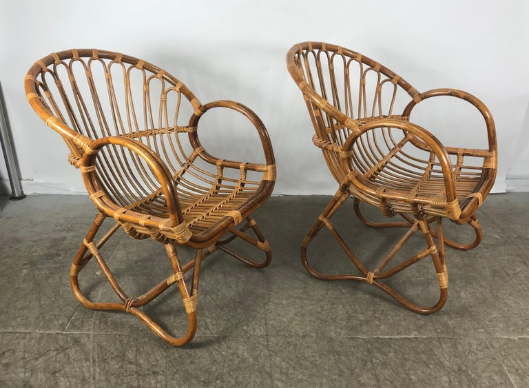 Pair of Mid-Century Modern after Franco Albini Bamboo or Rattan Lounge Chairs For Sale 2